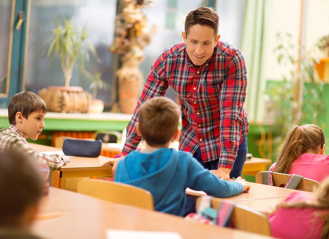 Elementary School Teacher: Occupations in Alberta - alis