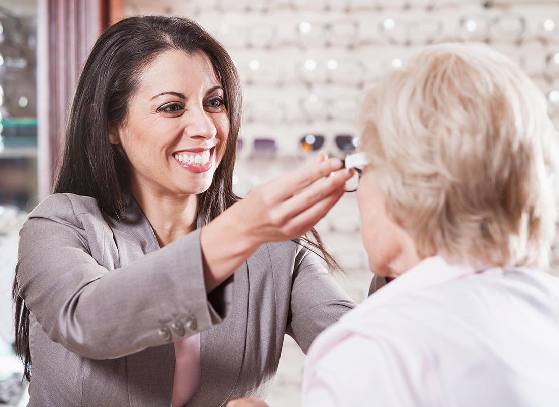 Optician: Occupations in Alberta - alis