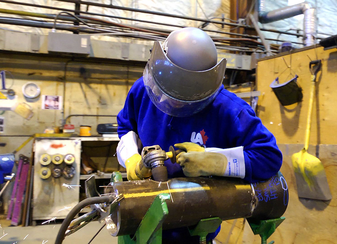 how to become a pipefitter in alberta