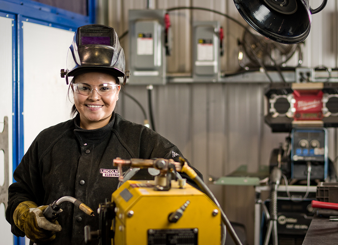 Welder: Occupations in Alberta - alis